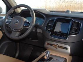 Volvo XC90 T8 5